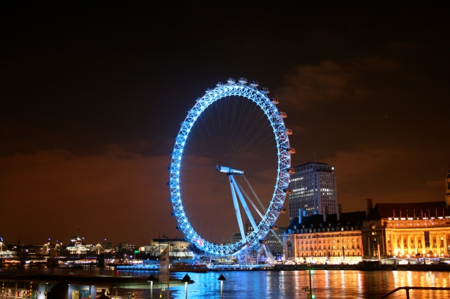 London_Eye_at_night_1